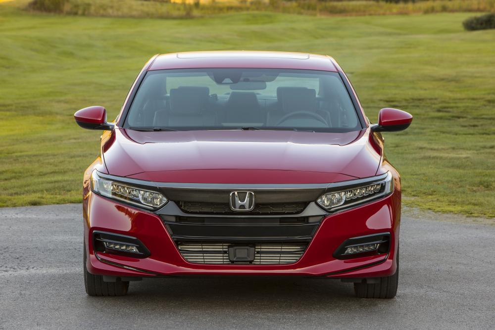 Honda Accord 10 поколение (2017-2020) Седан