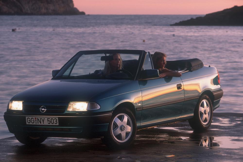 Opel Astra 1 поколение F (1993-1994) Кабриолет