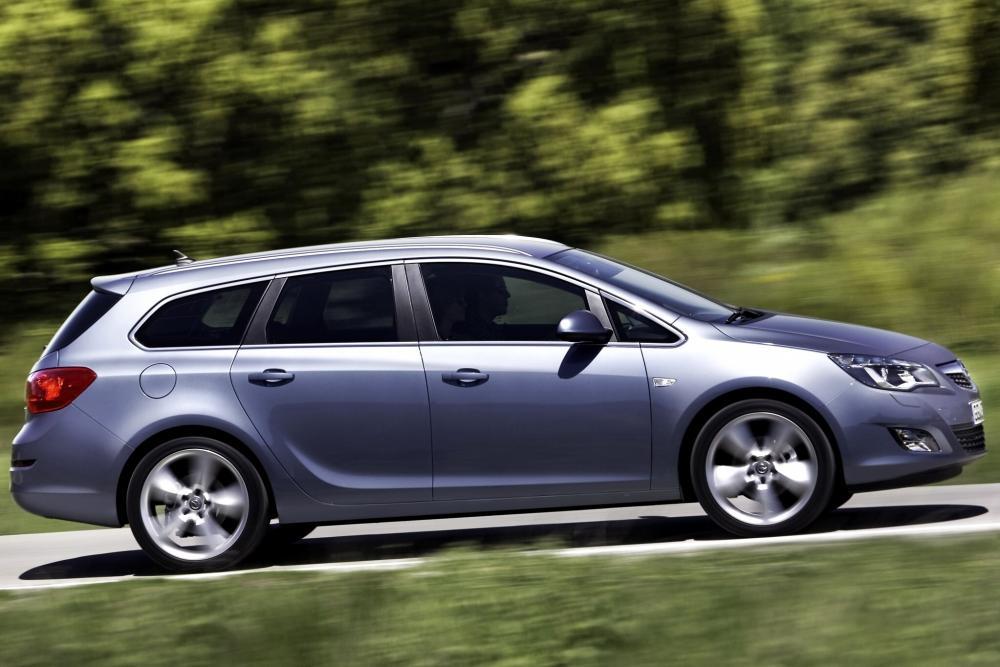 Opel Astra J (2009-2012) Sports Tourer универсал