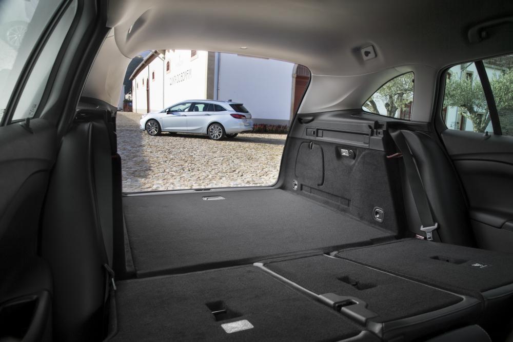 Opel Astra K (2015-2018) Универсал багажник