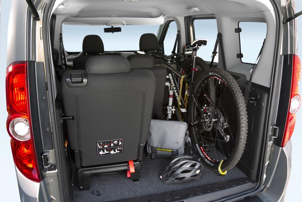 Opel Combo 3 поколение D (2011-2018) Tour минивэн багажник