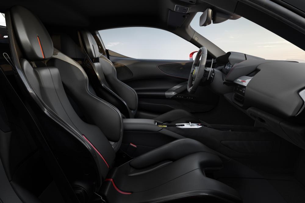 Ferrari SF90 Stradale 1 поколение (2019) Купе интерьер