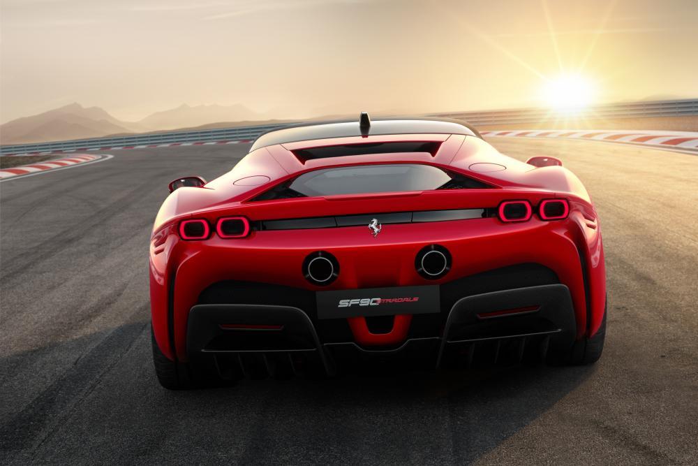 Ferrari SF90 Stradale 1 поколение (2019) Купе