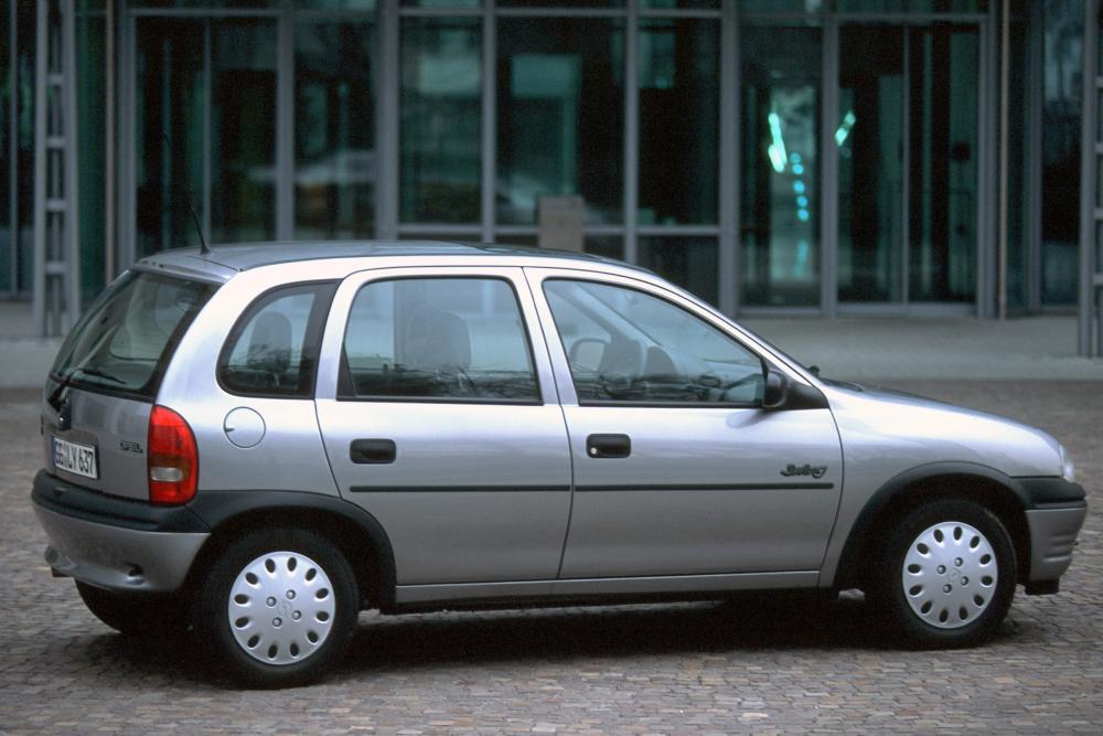 Opel Corsa 2 поколение B (1993-1997) Хетчбэк 5-дв.