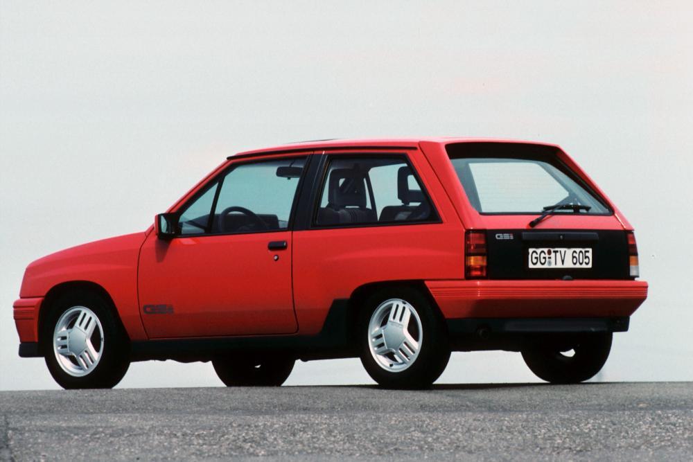 Opel Corsa 1 поколение A [рестайлинг] (1988-1990) GSi хетчбэк 3-дв.