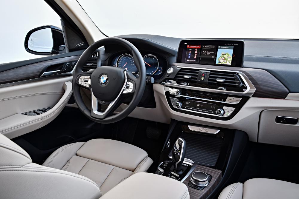 BMW X3 3 поколение G01 (2017) Кроссовер интерьер