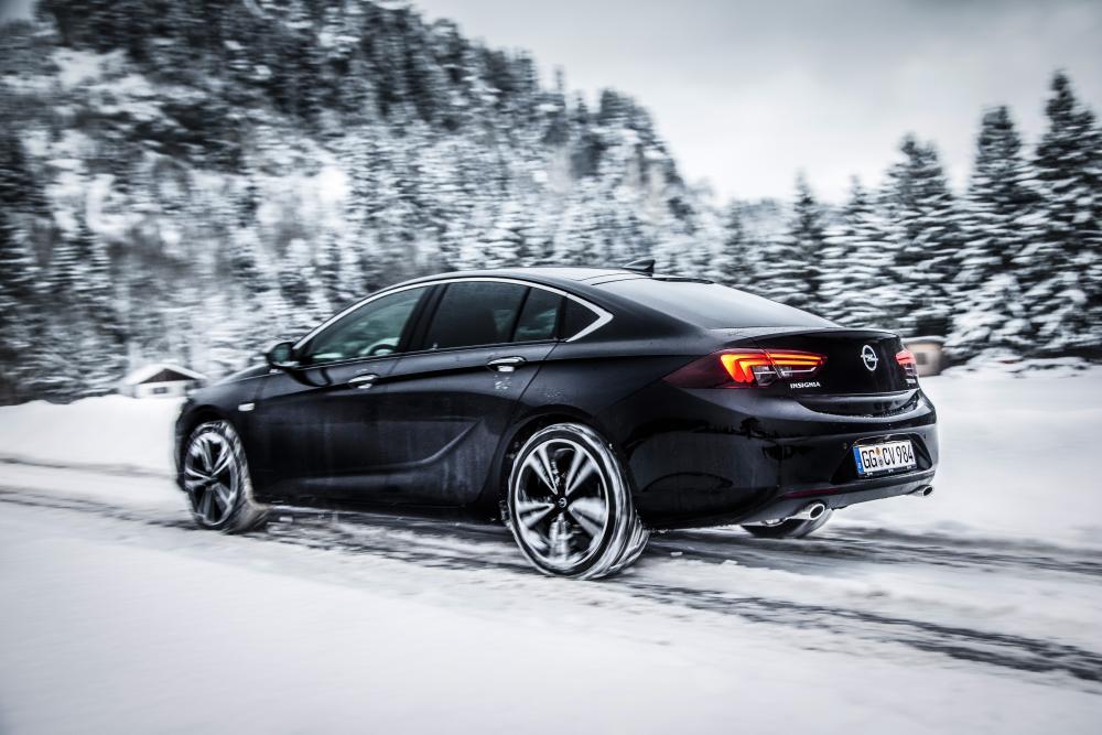 Opel Insignia B Grand Sport лифтбэк