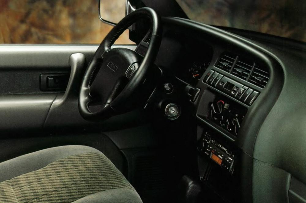 Opel Monterey 1 поколение (1991-1998) Внедорожник 5-дв. интерьер