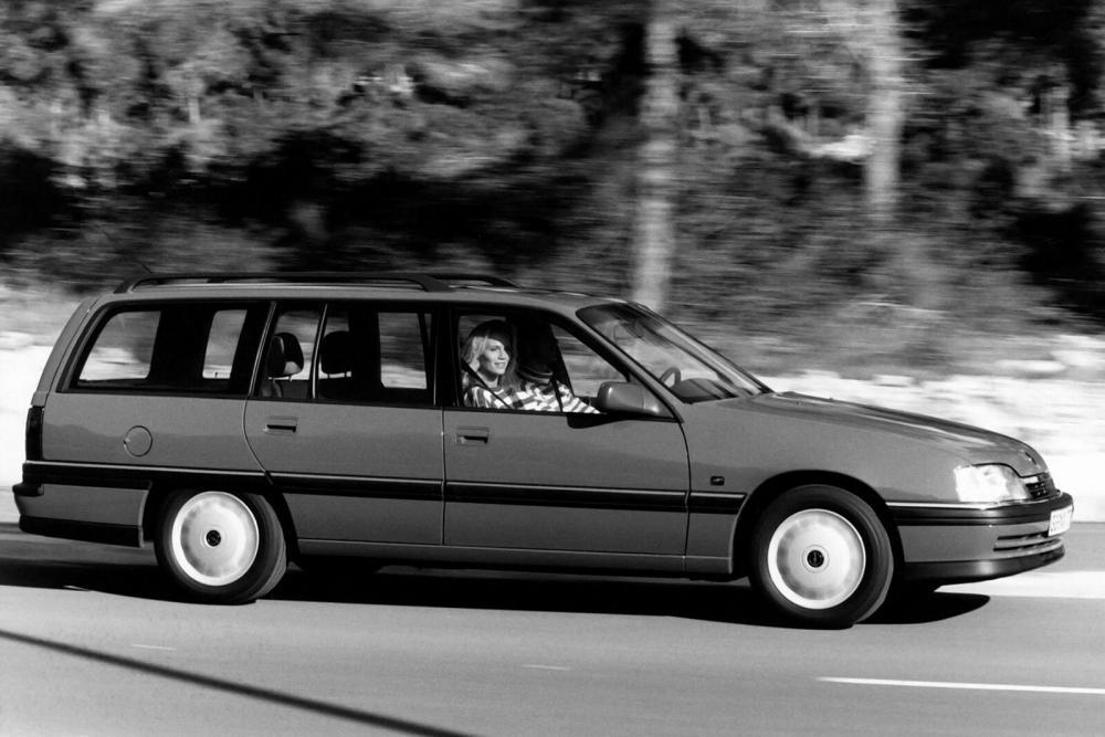 Opel Omega 1 поколение A [рестайлинг] (1990-1994) Универсал