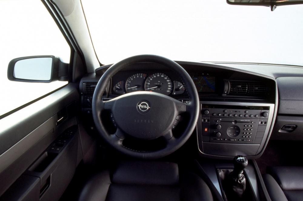 Opel Omega 2 поколение B [рестайлинг] (1999-2003) Универсал интерьер