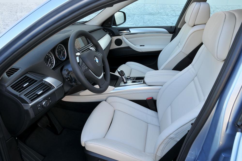 BMW X6 1 поколение E71 (2008-2012) Sports Activity Coupe кроссовер интерьер