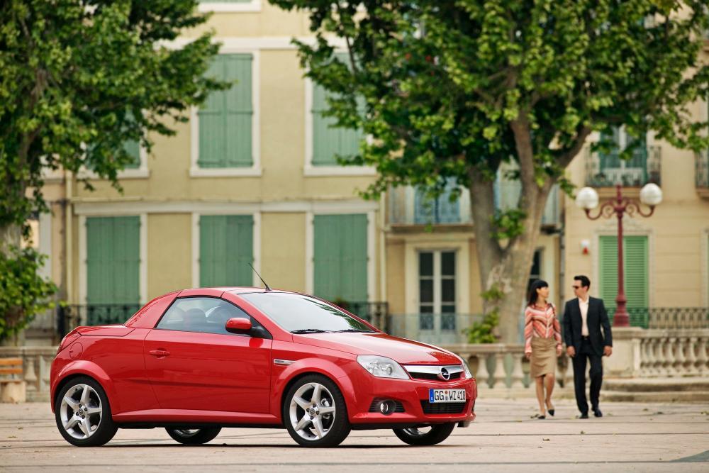 Opel Tigra 2 поколение (2004-2009) Twin Top кабриолет