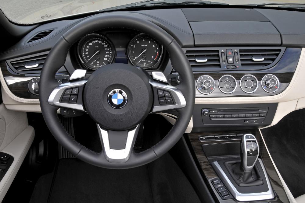 BMW Z4 2 поколение E89 (2009-2013) Родстер интерьер