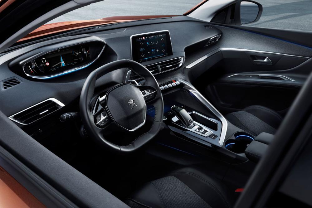 Peugeot 3008 2 поколение (2017-2020) Кроссовер интерьер