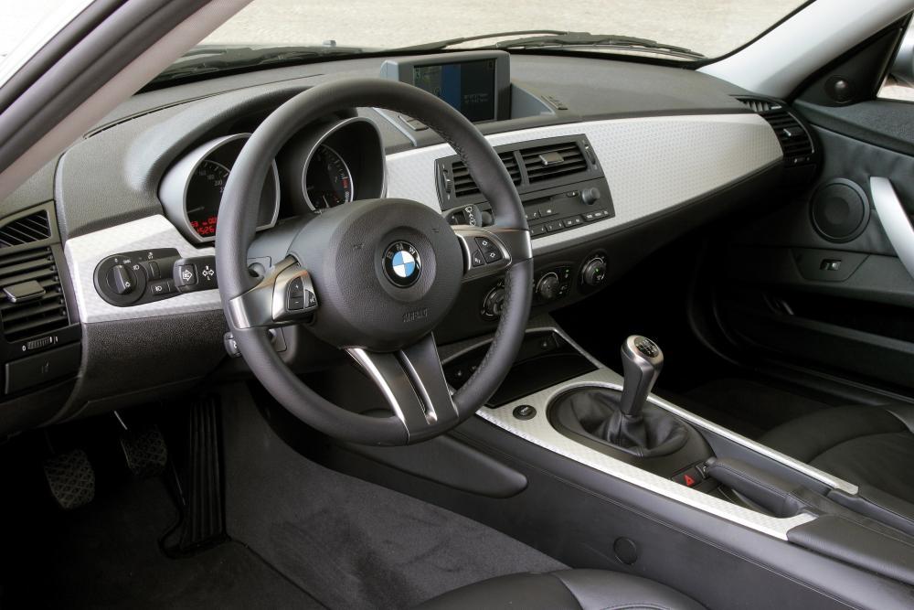 BMW Z4 1 поколение E86 [рестайлинг] (2006-2008) Купе интерьер