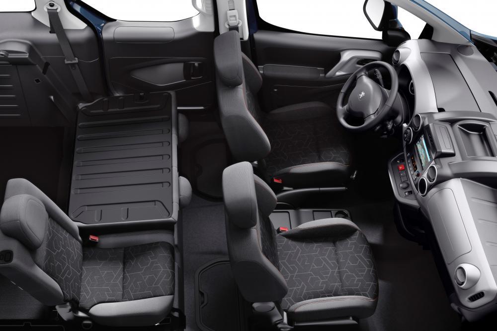 Peugeot Partner 2 поколение [2-й рестайлинг] (2015) Tepee минивэн интерьер