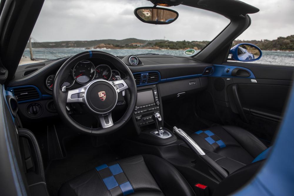 Porsche 911 6 поколение 997 [рестайлинг] (2011-2012) Speedster кабриолет 2-дв. интерьер