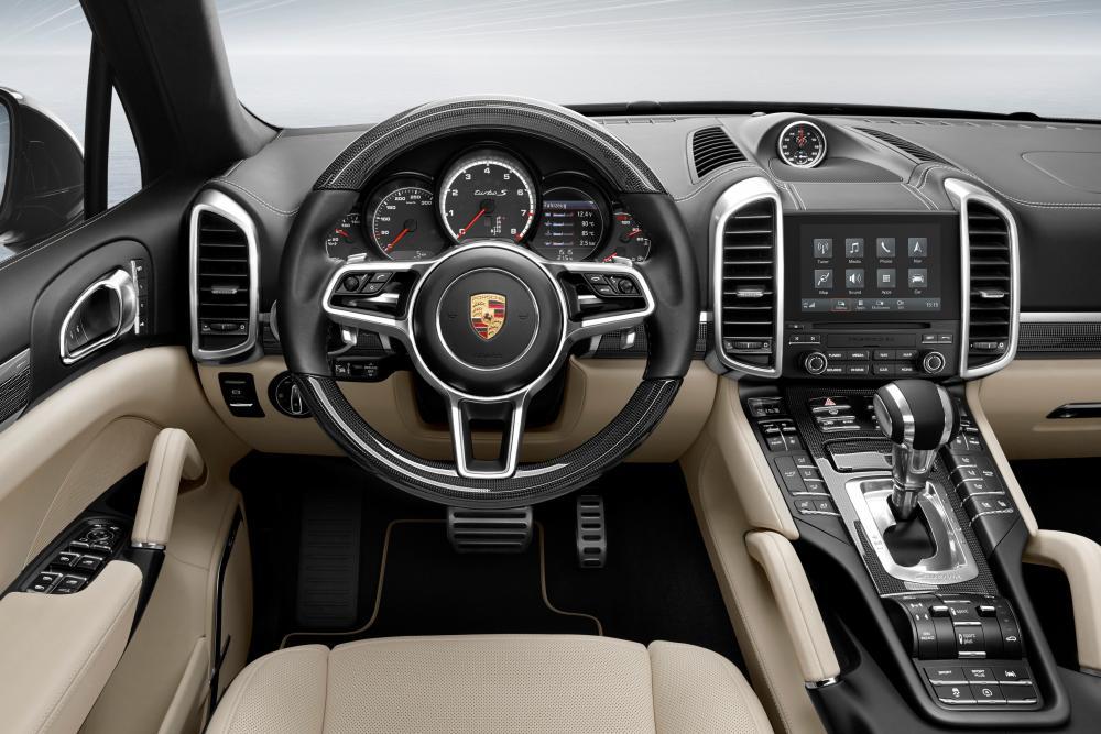 Porsche Cayenne 2 поколение 958 [рестайлинг] (2014-2018) Кроссовер интерьер