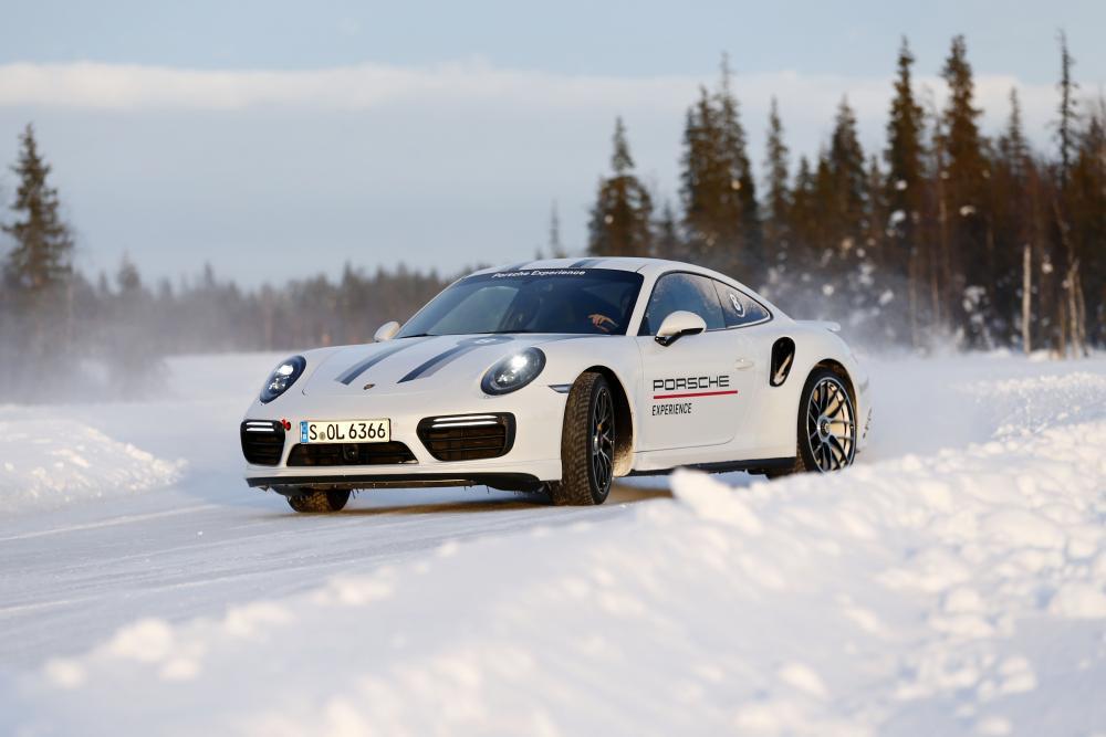 Porsche Cayman 3 поколение 982 (2016) Купе 2-дв.