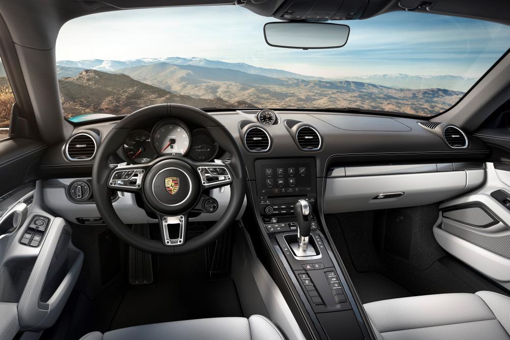 Porsche Cayman 3 поколение 982 (2016) Купе 2-дв. интерьер