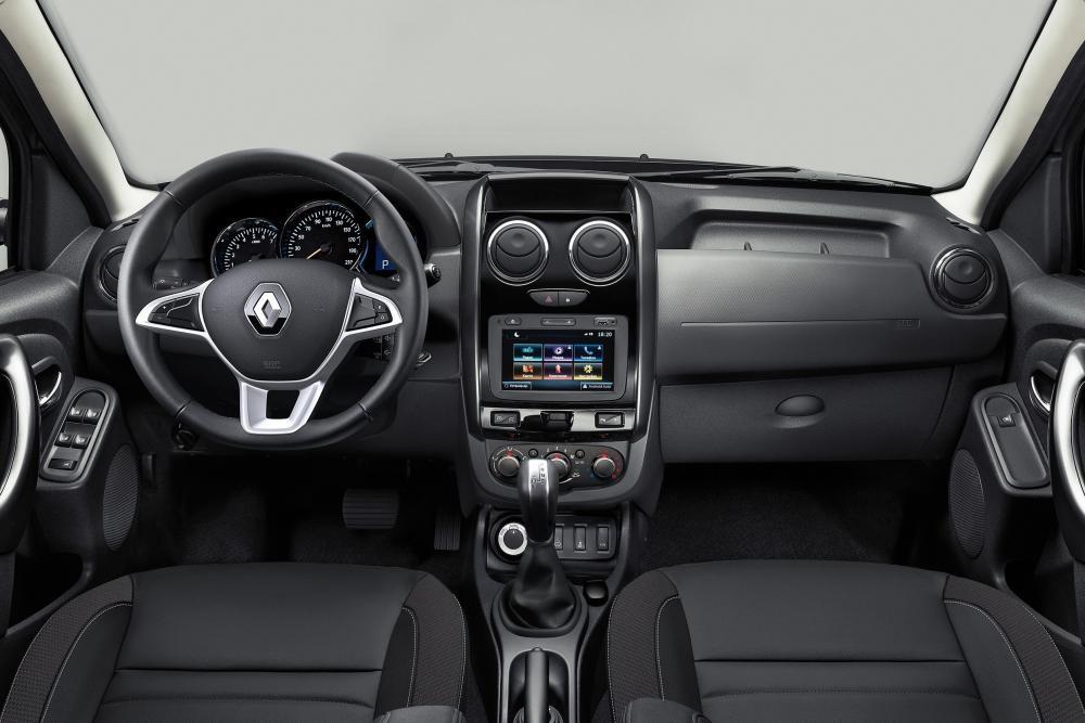 Renault Duster 1 поколение [рестайлинг] (2015) Кроссовер интерьер