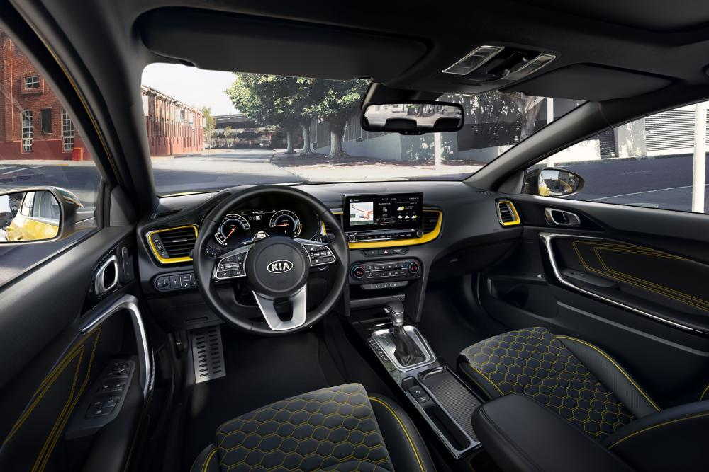Kia XCeed 1 поколение (2019) Кроссовер интерьер