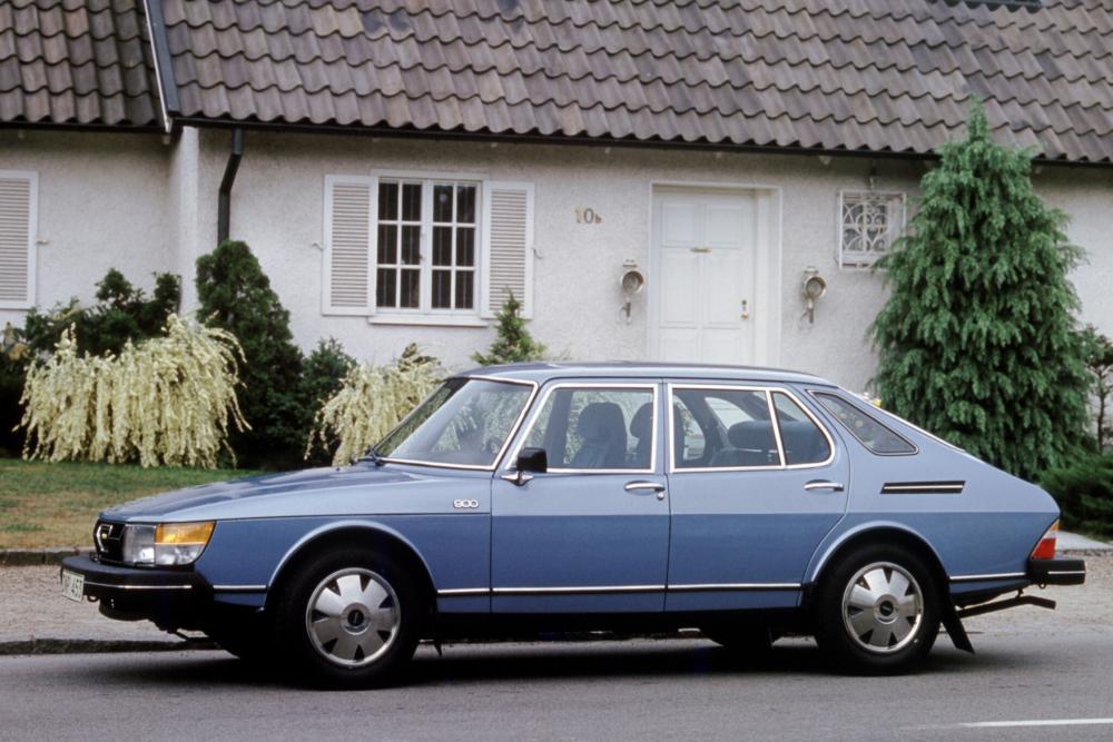 Saab 900 1 поколение Хетчбэк 5-дв.