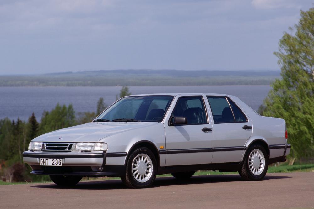 Saab 9000 2 поколение седан
