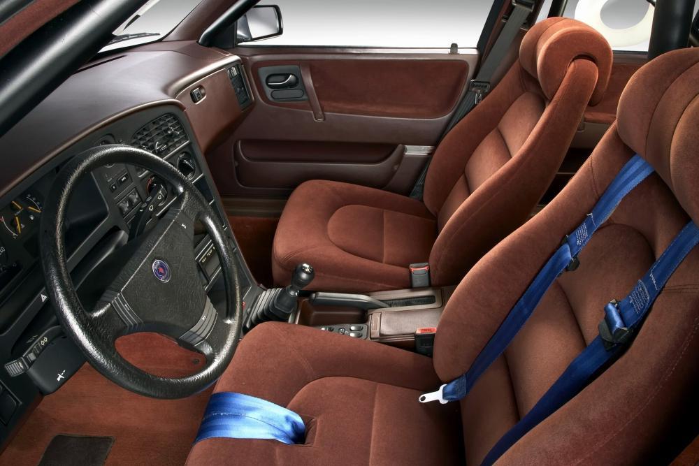 Saab 9000 1 поколение хетчбэк интерьер