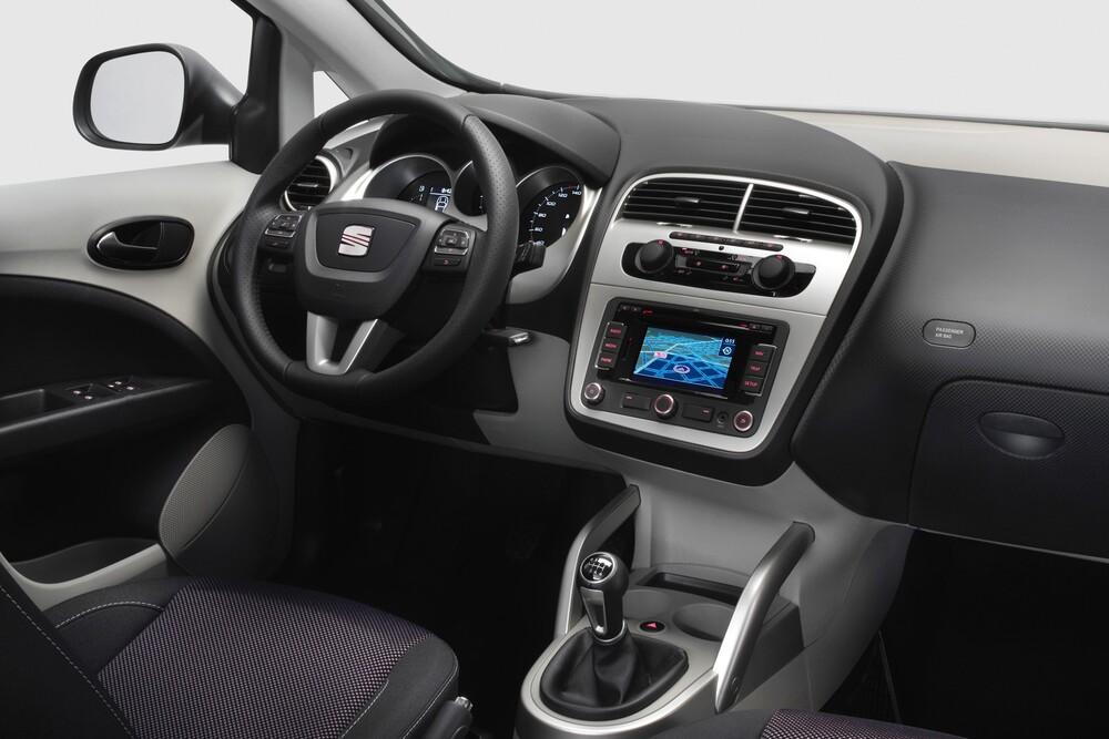 SEAT Altea 1 поколение [рестайлинг] (2009-2015) Минивэн 5-дв. интерьер