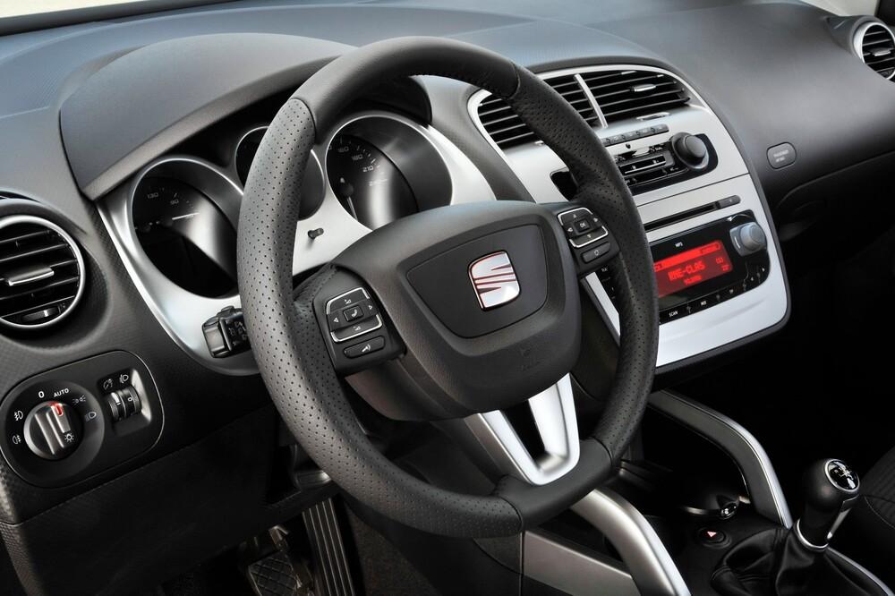 SEAT Altea 1 поколение [рестайлинг] (2009-2015) XL минивэн 5-дв. интерьер