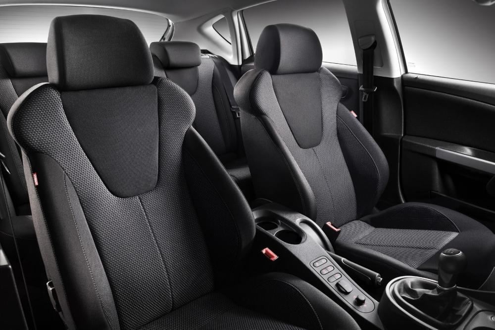 SEAT Leon 2 поколение рестайлинг Хетчбэк 5-дв. интерьер