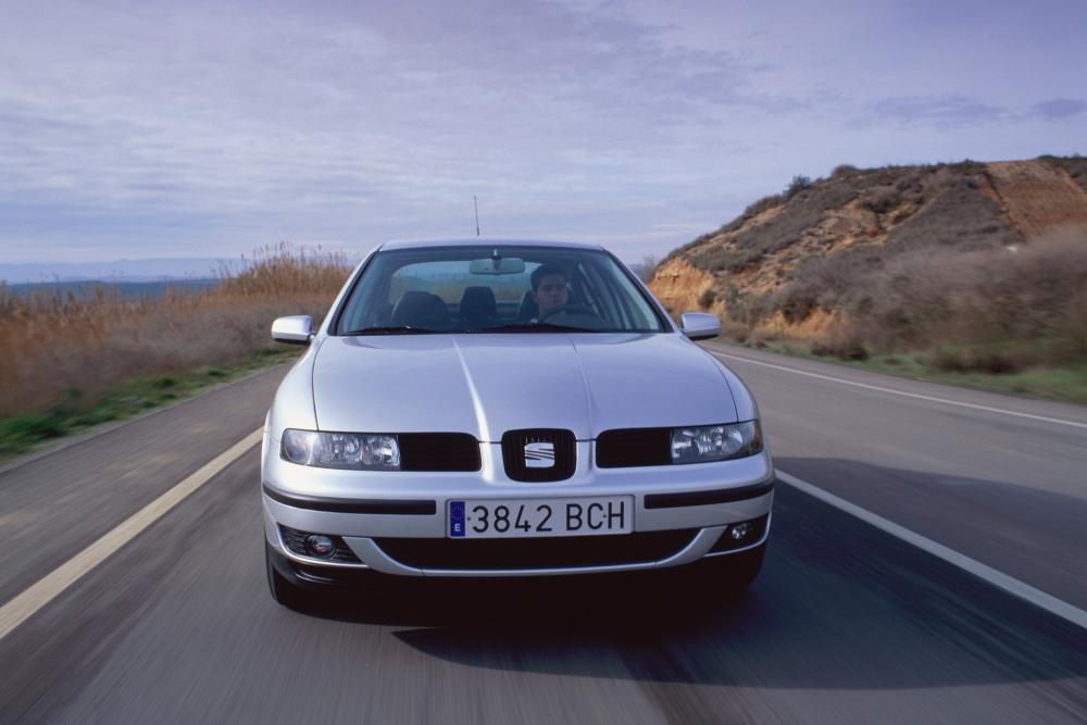 SEAT Toledo 2 поколение (1999-2006) Седан