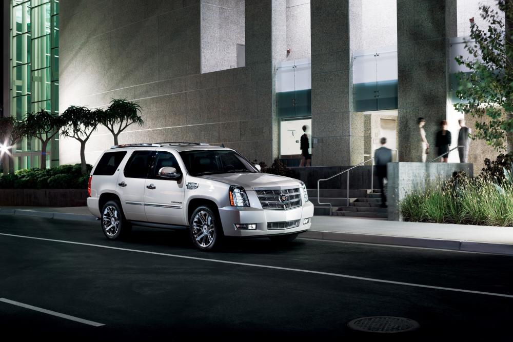Cadillac Escalade 3 поколение