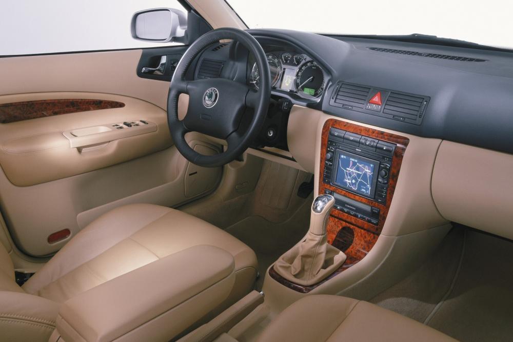 Skoda Octavia 2 поколение (2004-2008) Лифтбэк 5-дв. интерьер