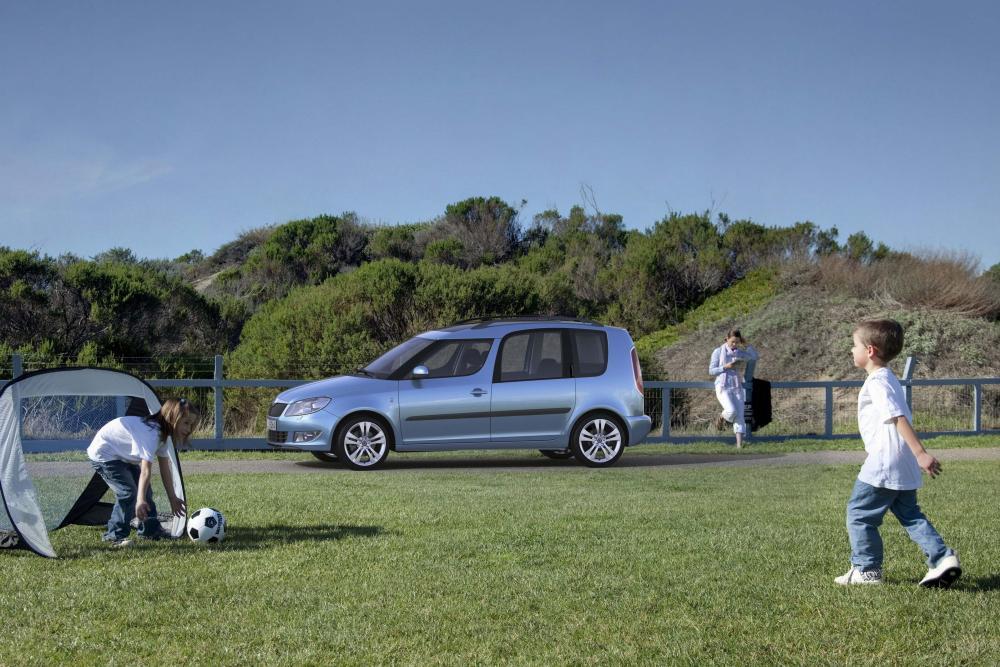 Skoda Roomster 1 поколение [рестайлинг] (2010-2013) Минивэн 5-дв.