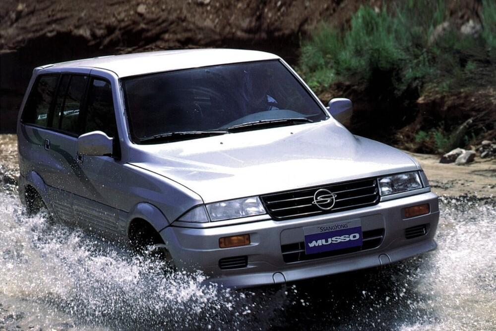 SsangYong Musso 1 поколение (1993-1998) Внедорожник