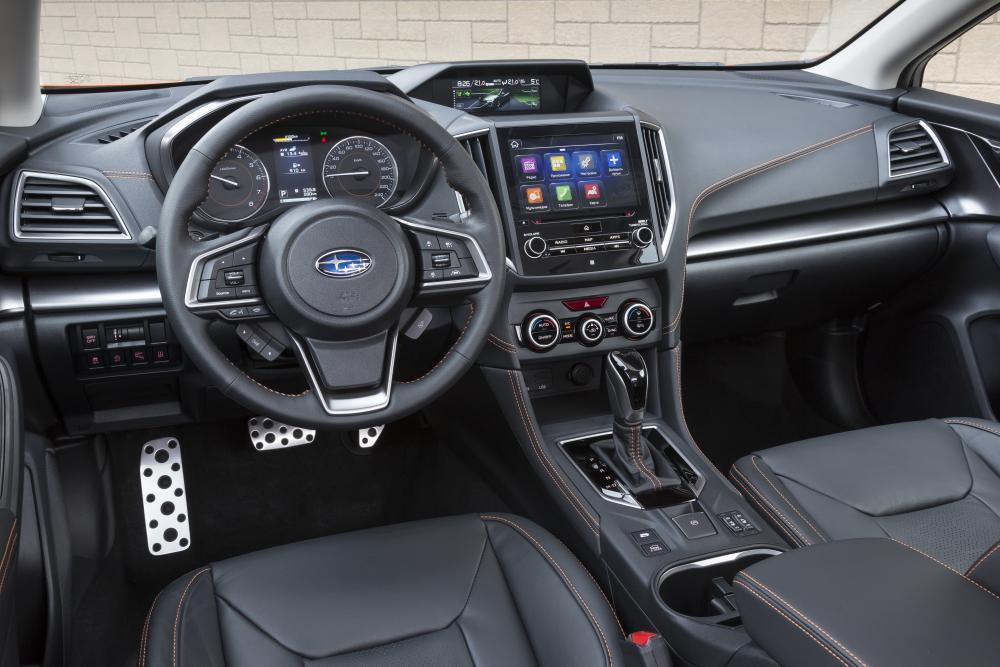 Subaru XV 2 поколение (2017-2021) Кроссовер интерьер