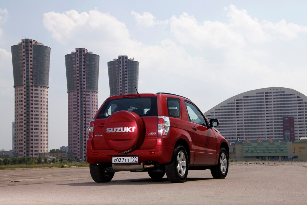 Suzuki Grand Vitara 2 поколение [рестайлинг] (2008-2012) Кроссовер 3-дв.