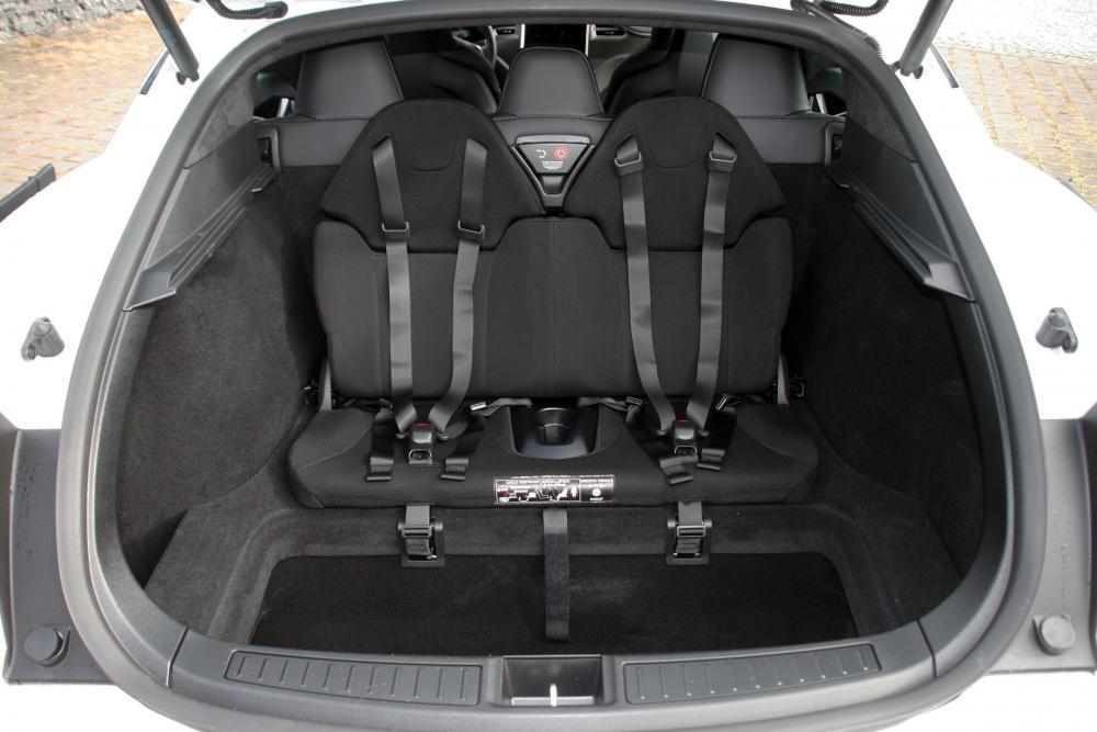 Tesla Model S 1 поколение багажник