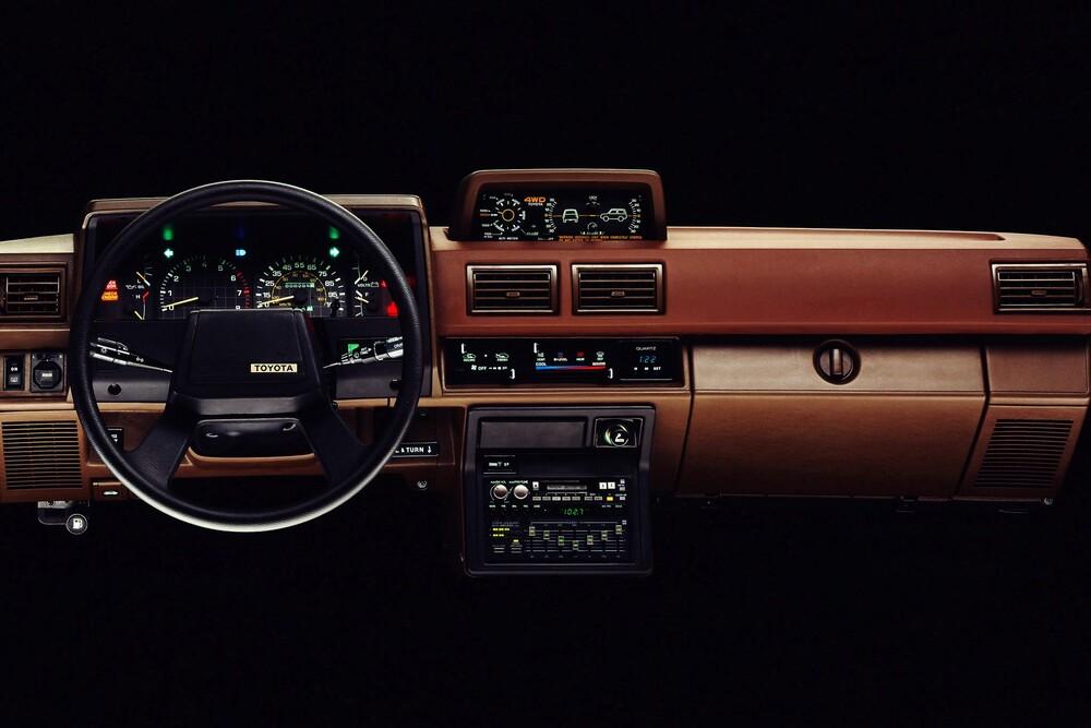 Toyota 4Runner 1 поколение (1984-1987) Пикап интерьер