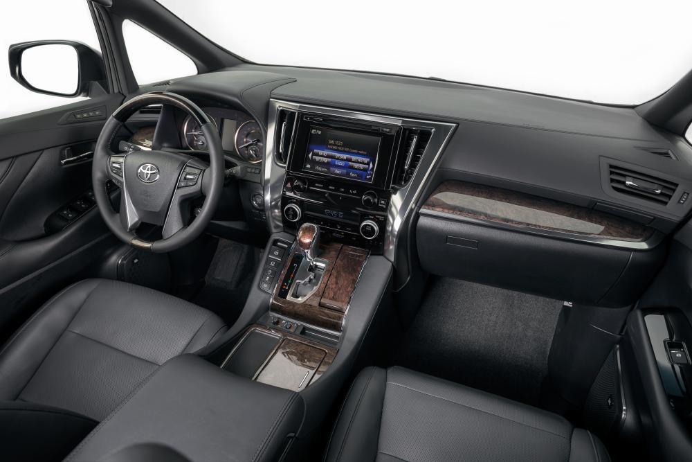 Toyota Alphard 3 поколение [рестайлинг] (2017) Минивэн интерьер