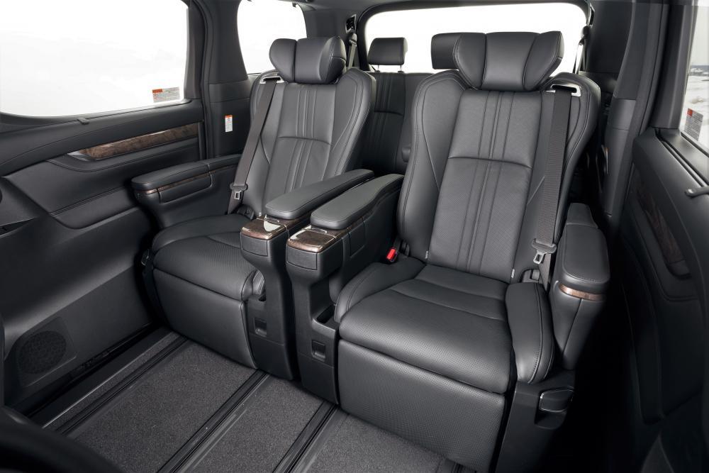 Toyota Alphard 3 поколение [рестайлинг] (2017) Минивэн