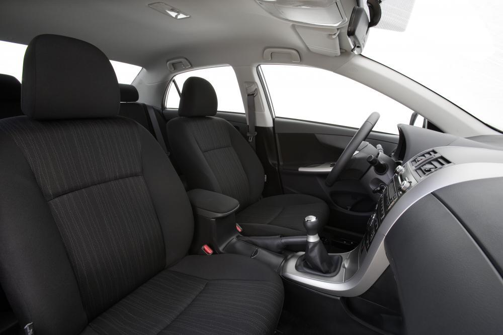 Toyota Corolla 10 поколение E140/150 (2006-2010) Седан 4-дв. интерьер