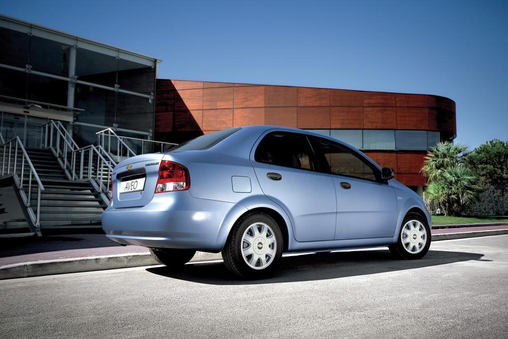 Chevrolet Aveo T200 (2003-2008) Седан