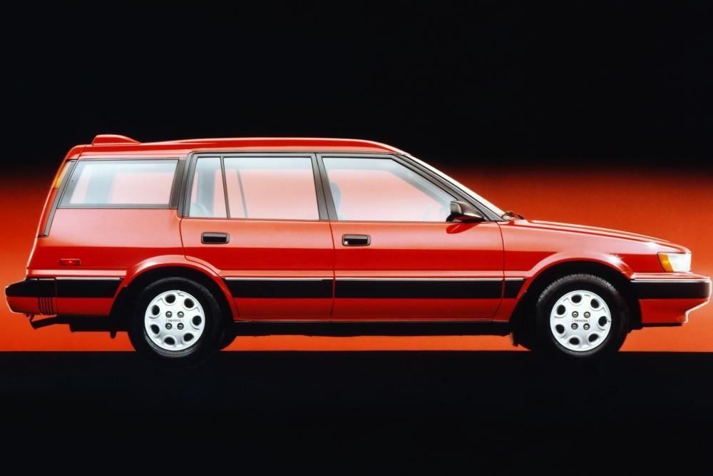 Toyota Corolla 6 поколение E90 (1987-1991) All-trac универсал 5-дв.
