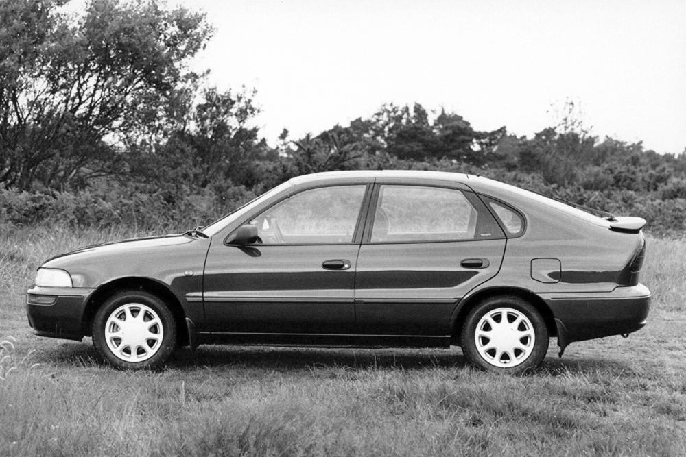 Toyota Corolla7 поколение E100 (1992-1998) Лифтбэк