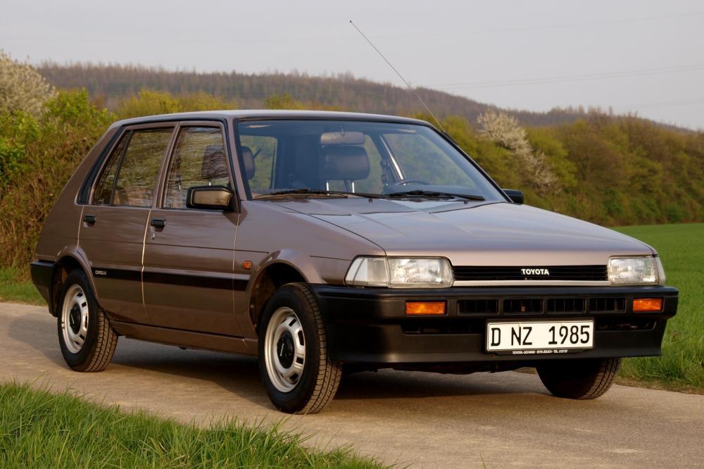Toyota Corolla 5 поколение E80 (1983-1987) Хетчбэк
