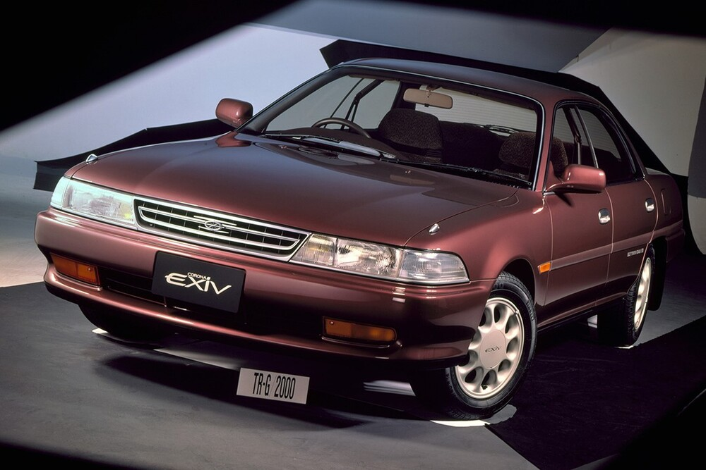 Toyota Corona T170/ST180 (1989-1993) EXiV седан