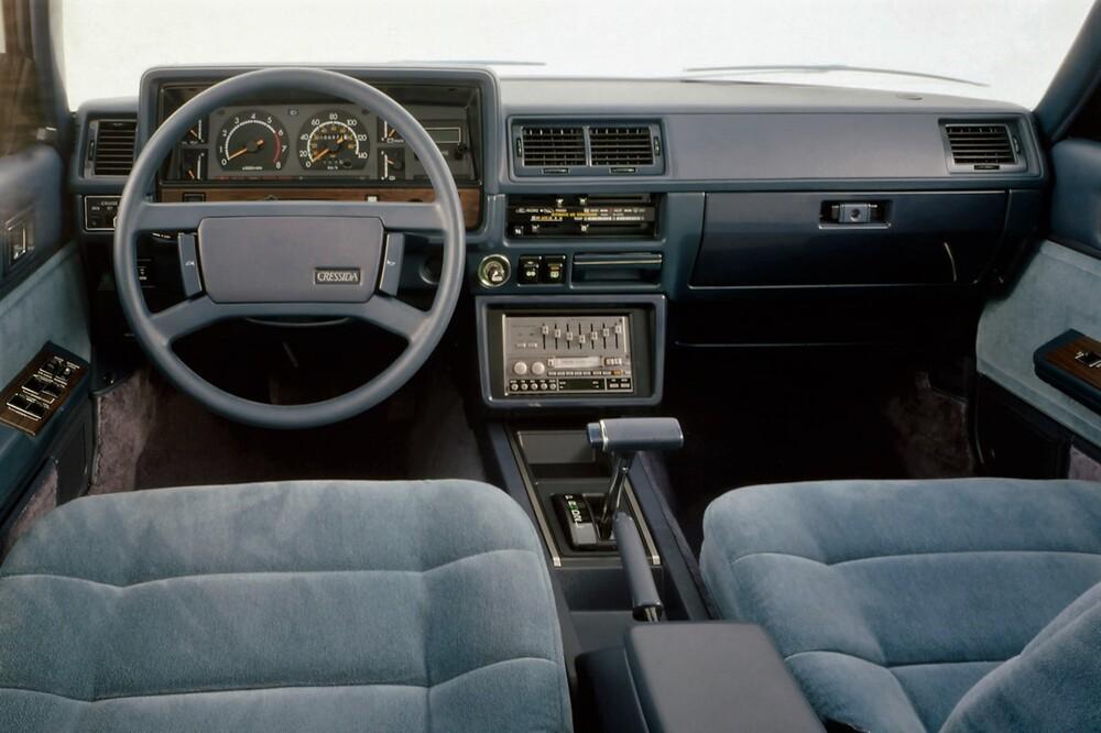 Toyota Cressida 2 поколение X60 (1980-1983) US-Spec. седан 4-дв. интерьер